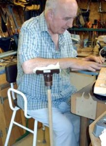 Elbow support for woodworker